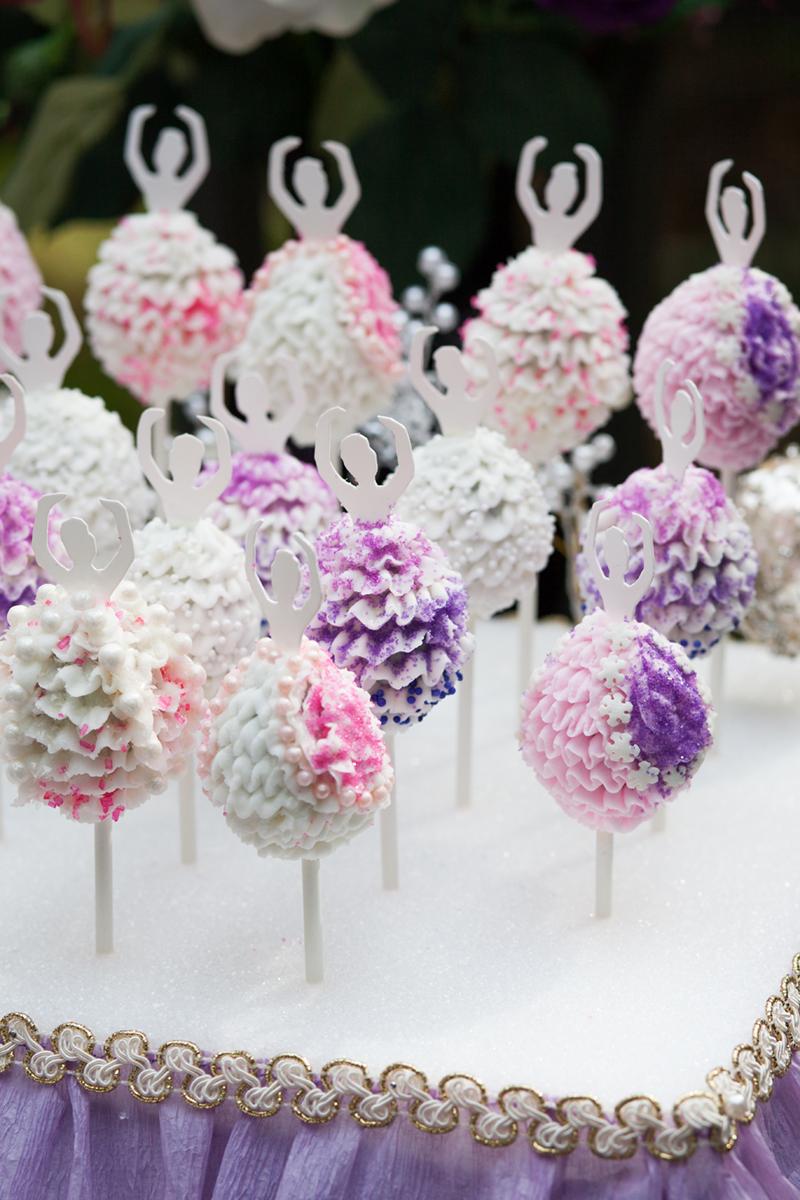 cake pops | All Sparkled Up