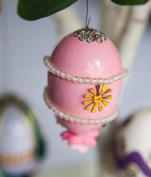 13 1968 Pink Egg