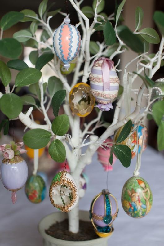 18 1968 Egg Tree 1