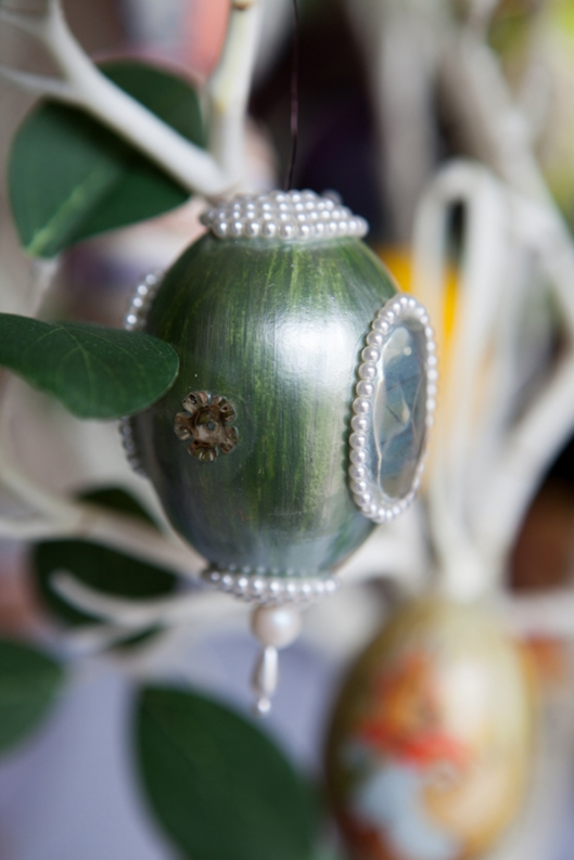 4 1968 Pearly Green Egg