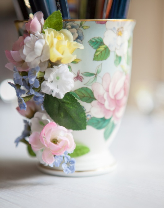 4 Flower Handle Mug