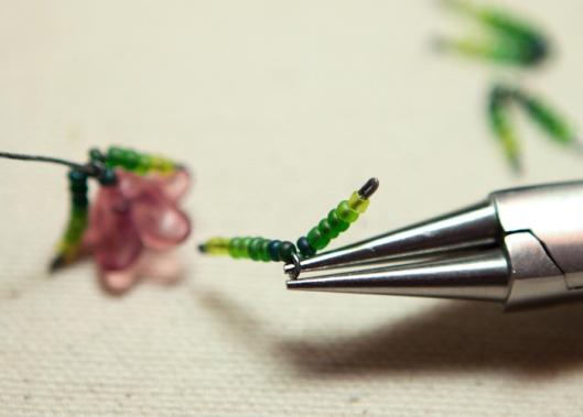 Moss Rose Bracelet Tutorial 8
