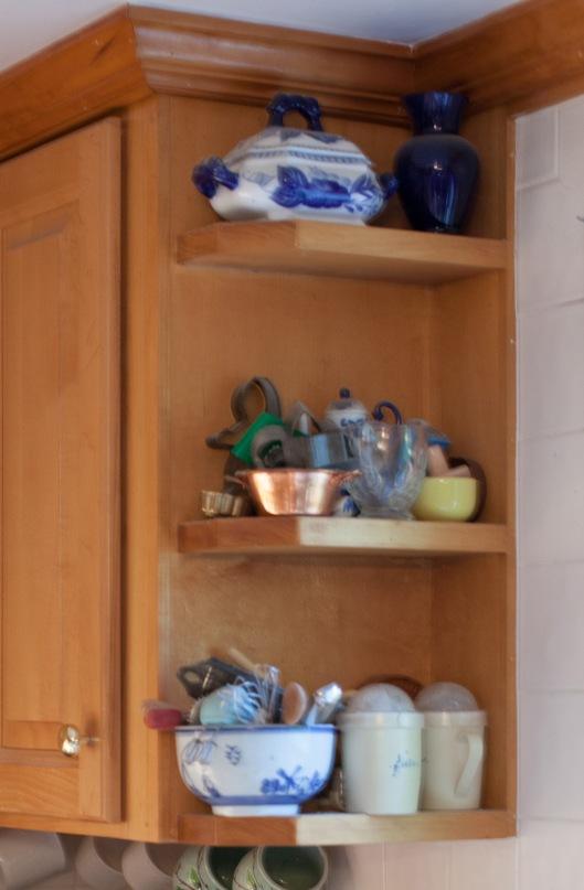 Kitchen Redo Corner shelf 1 before