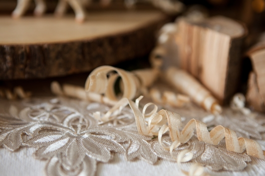 4-christmas-wood-tablescape