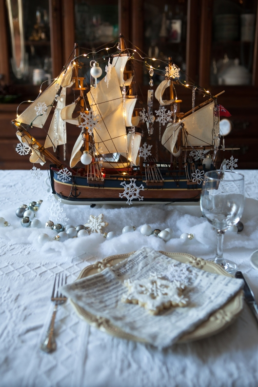 1 Christmas at Sea tablescape-0474