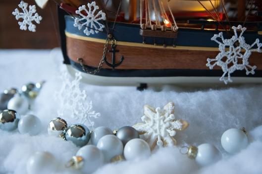 7 Christmas at Sea tablescape-0486