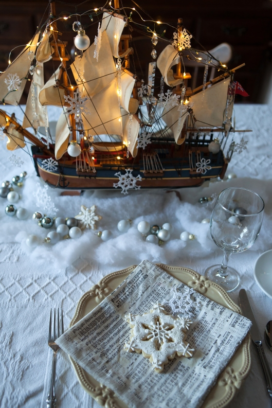 9 Christmas at Sea tablescape-0480